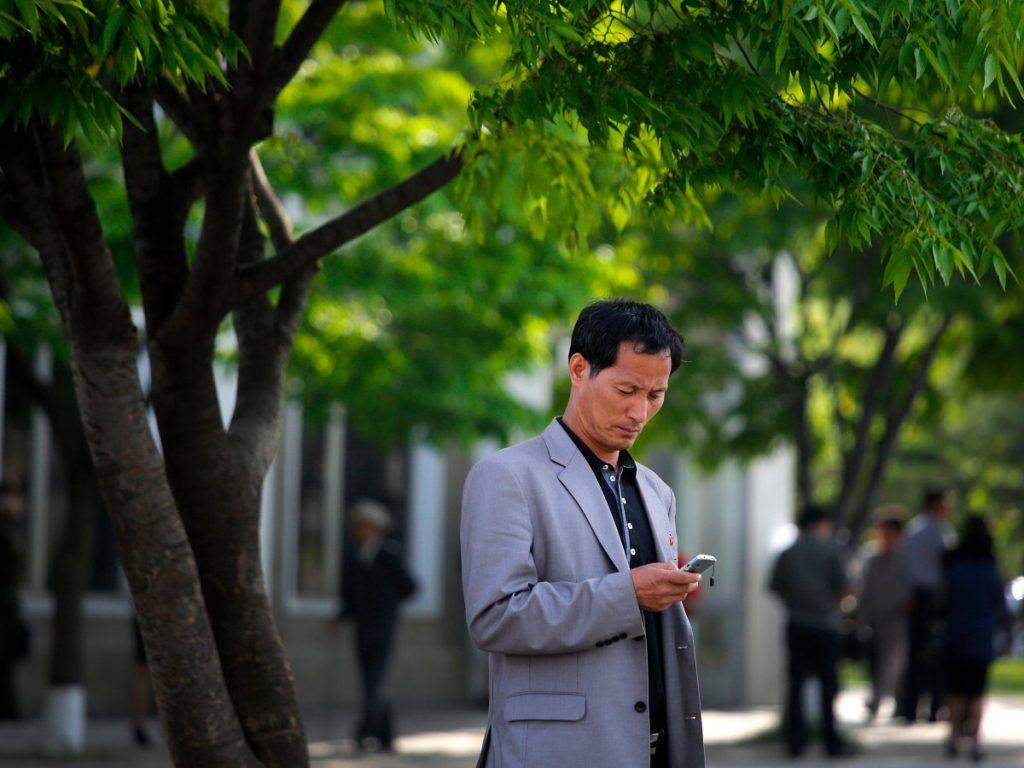 few has smartphone in north korea