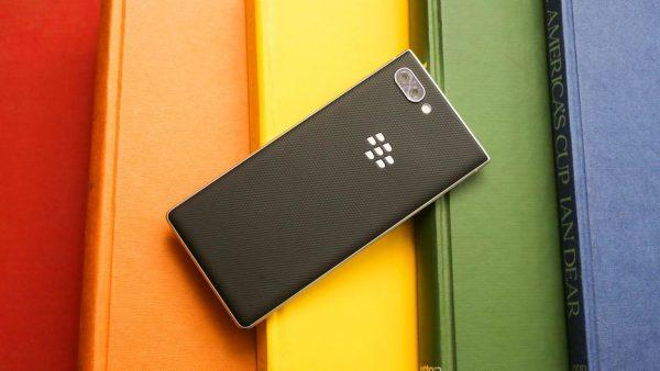 BlackBerry Key2 back