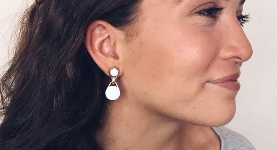 swings earring earbuds