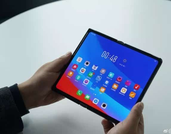 oppo foldable device
